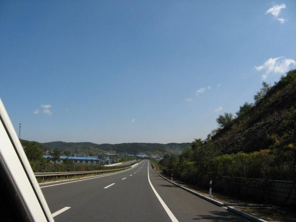 沿途风景是本次旅行的重要景观.JPG