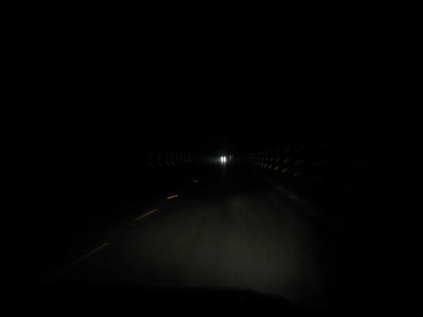 第三个隧道,之后又有很多隧道,太多了.JPG
