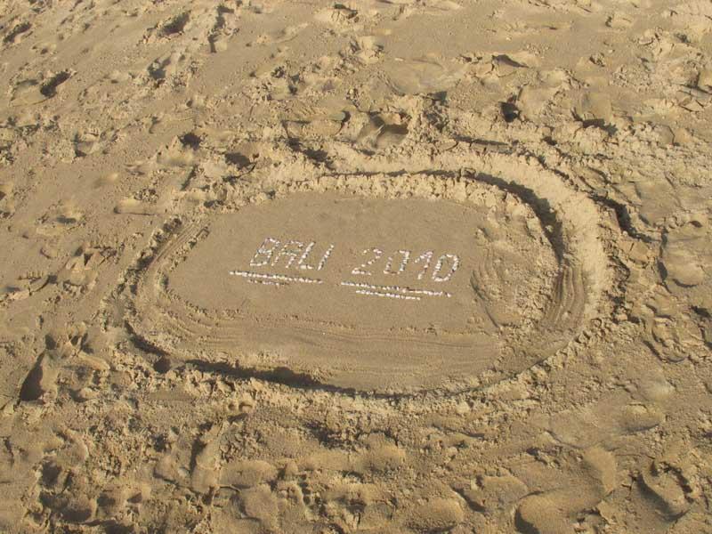 2010年的巴厘岛永远留在四人的心里.jpg