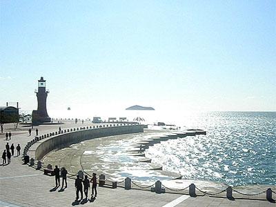 星海广场海边一角